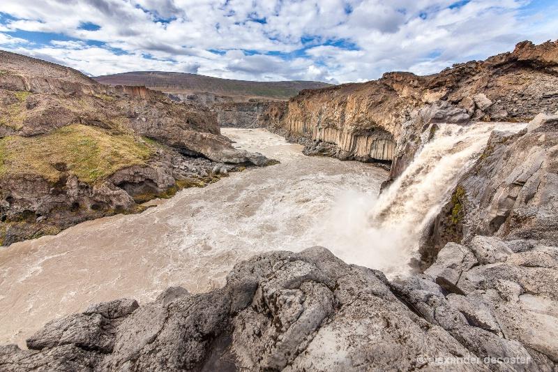 Aldeyarfoss waterfall