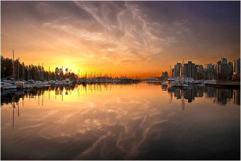 Harbour Sunrise - ID: 14128269 © Kelly Pape