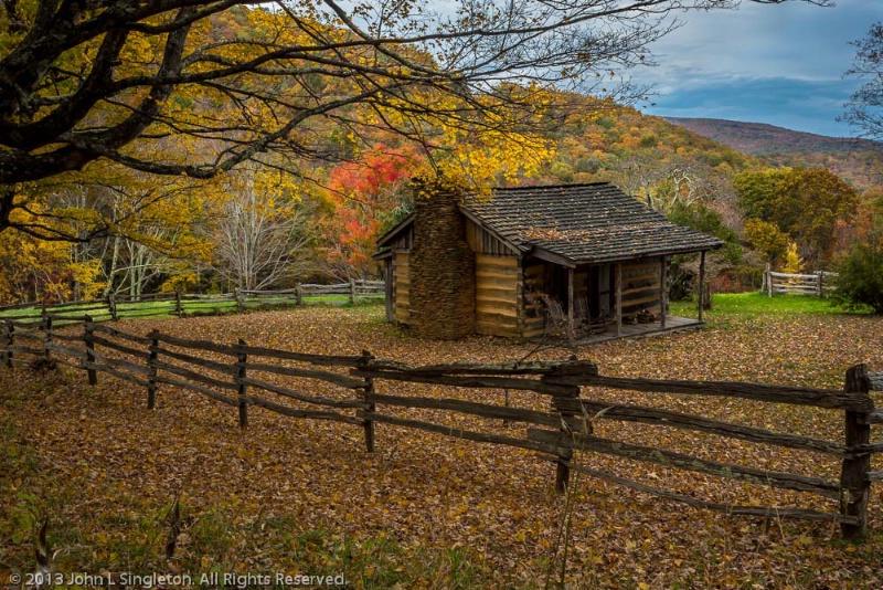 Cabin in the Woods - ID: 14213311 © John Singleton