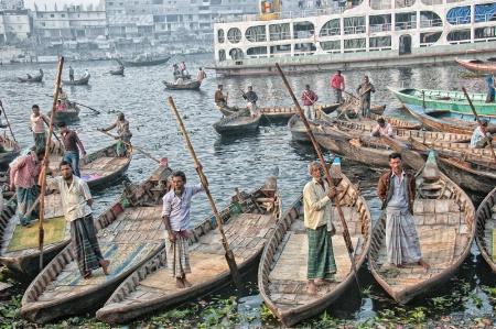 BANGLADESH228/ ferrymen