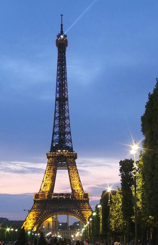 An evening with Eiffel