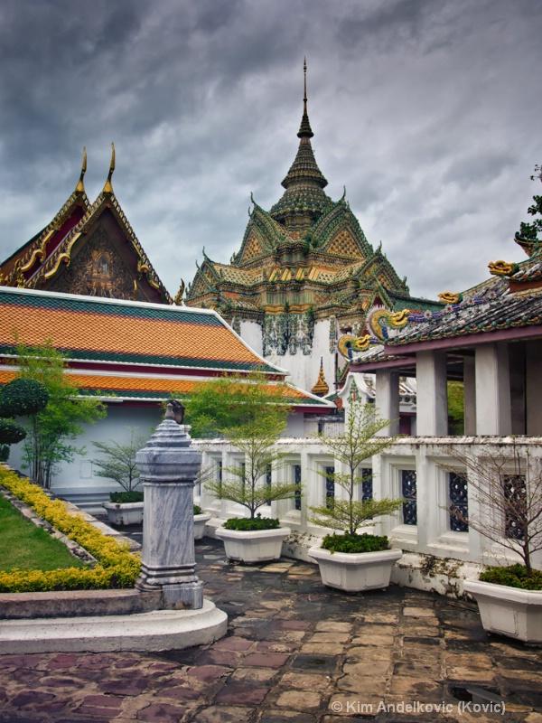 Wat Pho Temple Gardens
