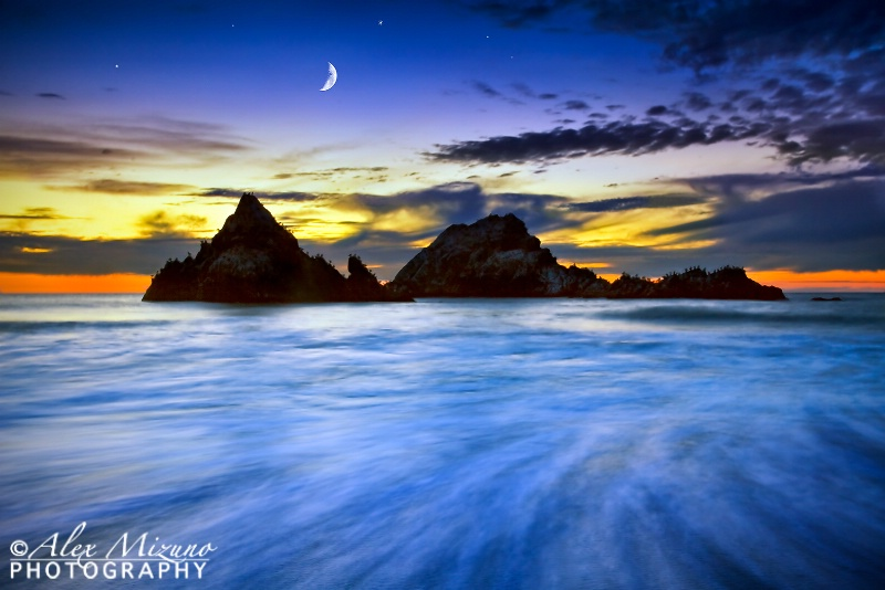 MOON OVER SEAL ROCKS