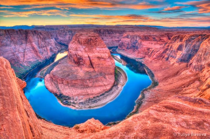 Horseshoe Bend of the Colorado River , Arizona.<p> - ID: 14357026 © Yulia Basova