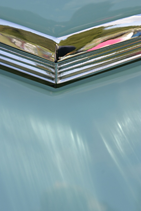 T-Bird Chevron Abstract - ID: 14381245 © Martin L. Heavner