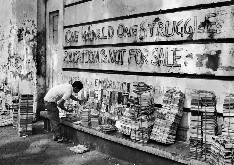 Book Seller at Coolege Street