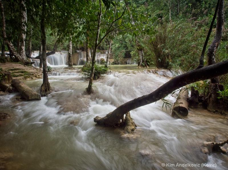 Lower Falls - Laos