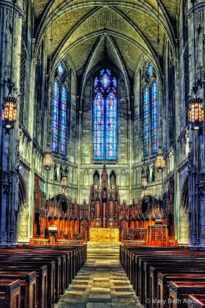 Altar at Heinz Chapel