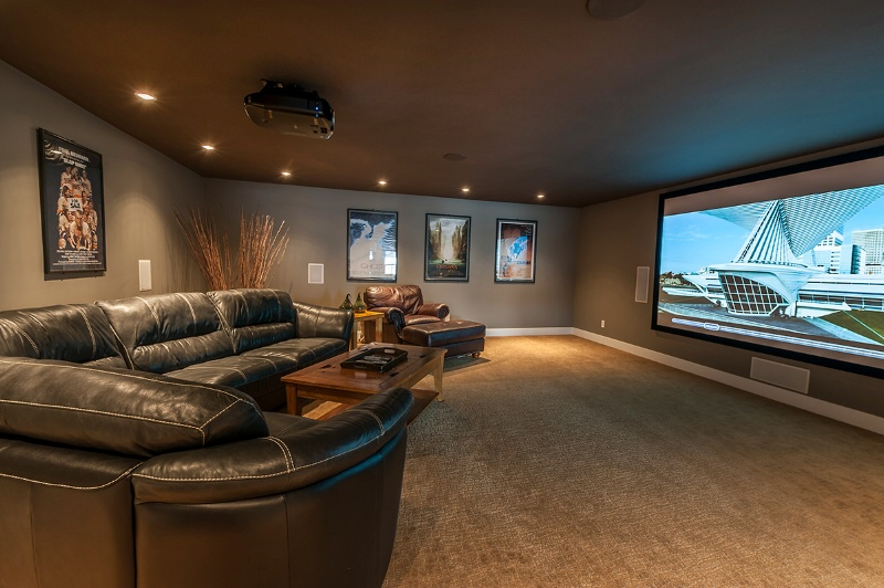 Theater Room - ID: 14417864 © Kelly Pape