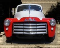 GMC Pickup in Gruene