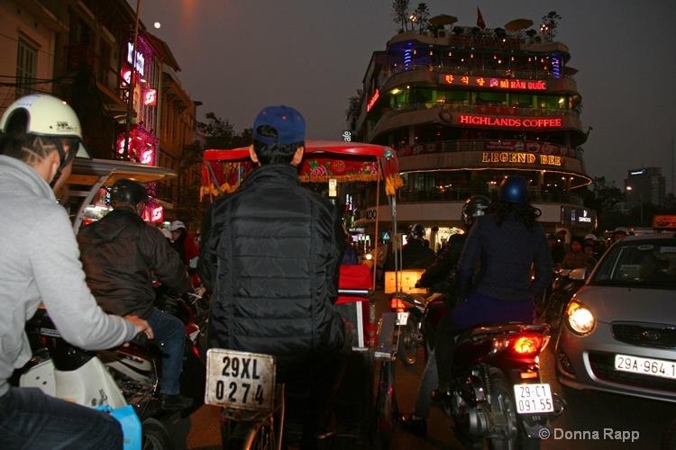 hanoi night traffic jam-sm - ID: 14432124 © Donna Rapp