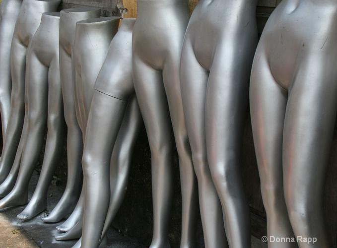 mannequins-sm - ID: 14432139 © Donna Rapp