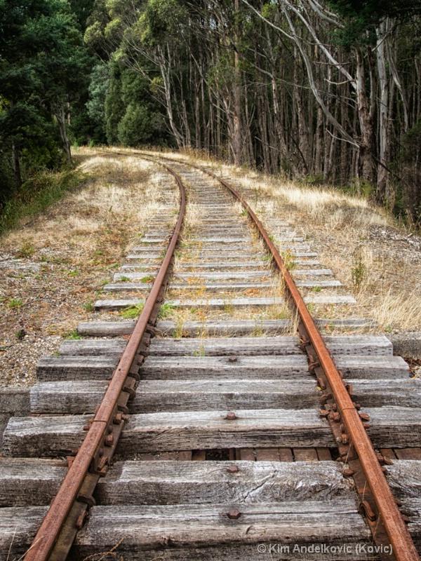 Tracks to No-where