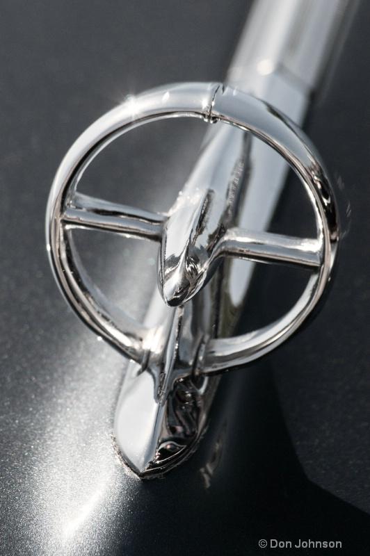 B&W LA Car Emblem - ID: 14472122 © Don Johnson