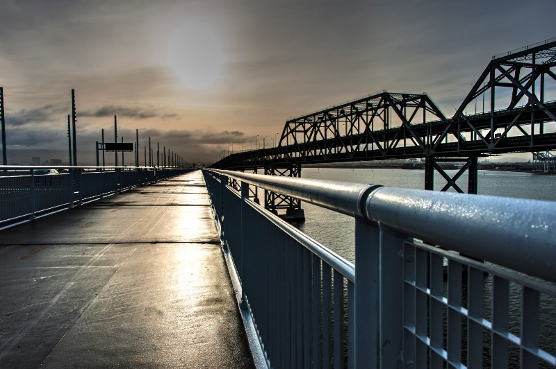 Morning on the bridge