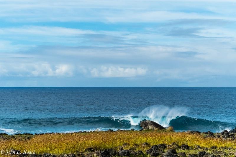 Easter Island Surf - ID: 14520487 © John D. Roach
