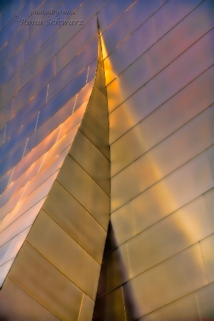 Gehry Glow