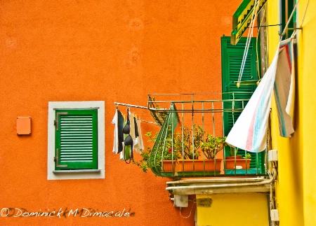 ~ ~ ITALIAN LAUNDRY ~ ~