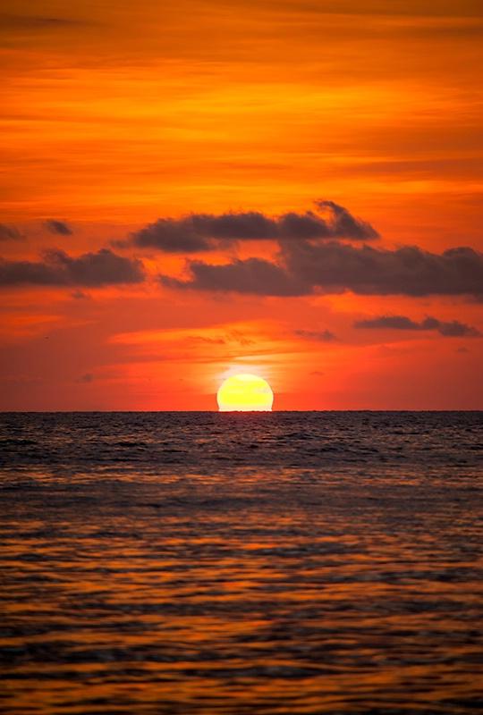 Sunset - Kota Kinabalu - ID: 14557412 © Mike Keppell
