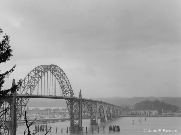 Yaquina Bay Bridge #4 - ID: 14559128 © Joan E. Bowers