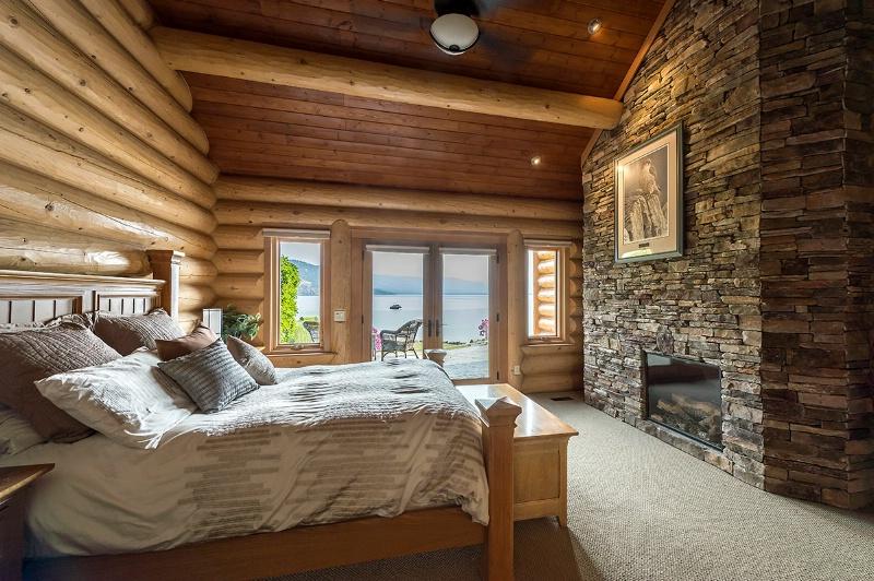 Master Bedroom - ID: 14572175 © Kelly Pape