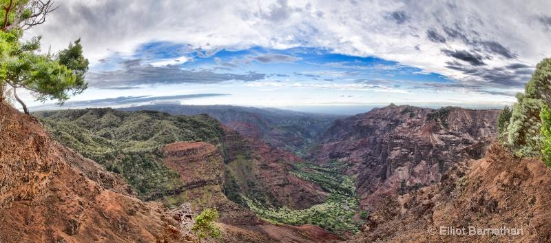 Kauai 3 - ID: 14586822 © Elliot S. Barnathan