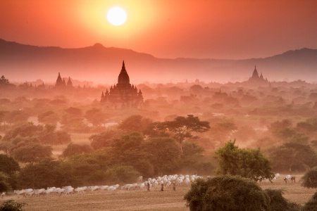 ~~ Bagan ... the Holy Empire ~~