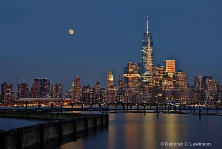 Supermoon over Lower Manhattan after Sunset