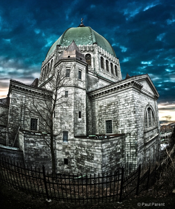 The Old Church - ID: 14642442 © paul parent