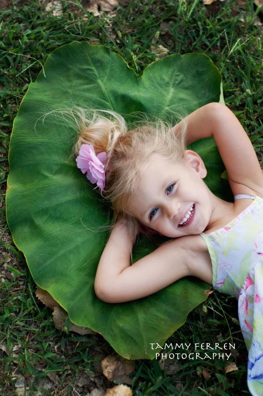 ~~  Ava On Green  ~~