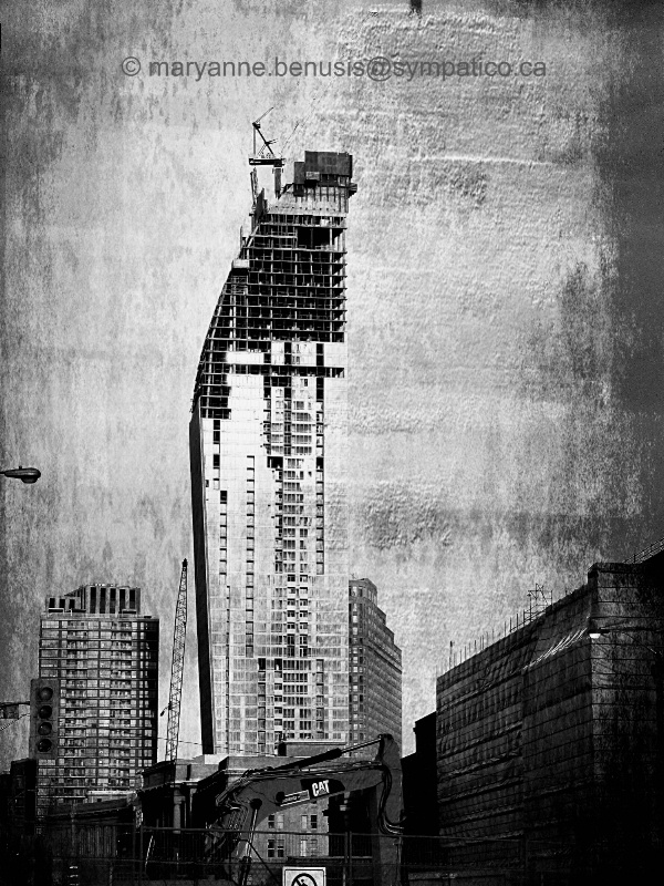 Re-Building Toronto - ID: 14655290 © Mary-Anne Benusis