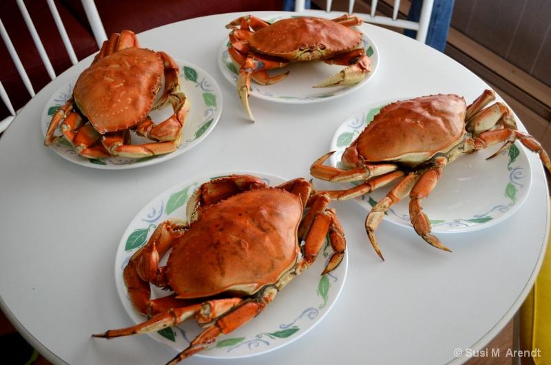 Crabs - ID: 14685956 © Susanne M. Arendt