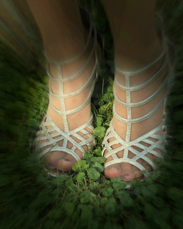 Agony of De Feet