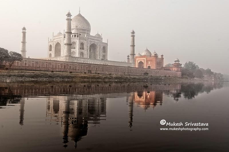 Taj Mahal At Dawn Time