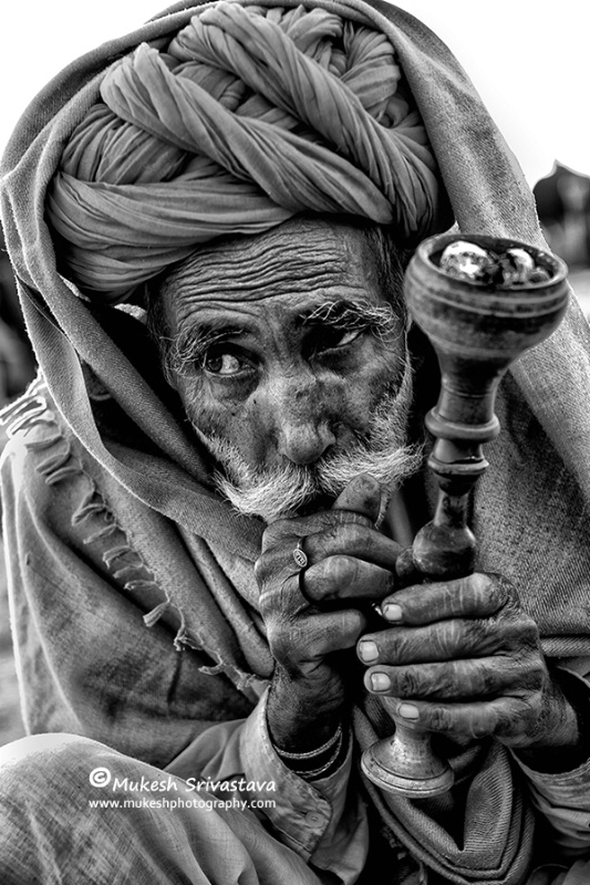 Man With Traditional Hukka-1
