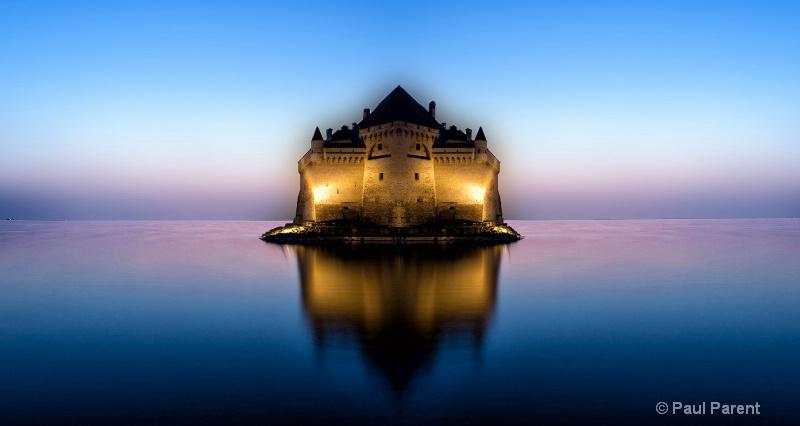 A Swiss Castle - ID: 14798241 © paul parent