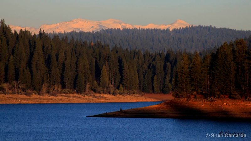 A quiet day at the lake. - ID: 14805210 © Sheri Camarda