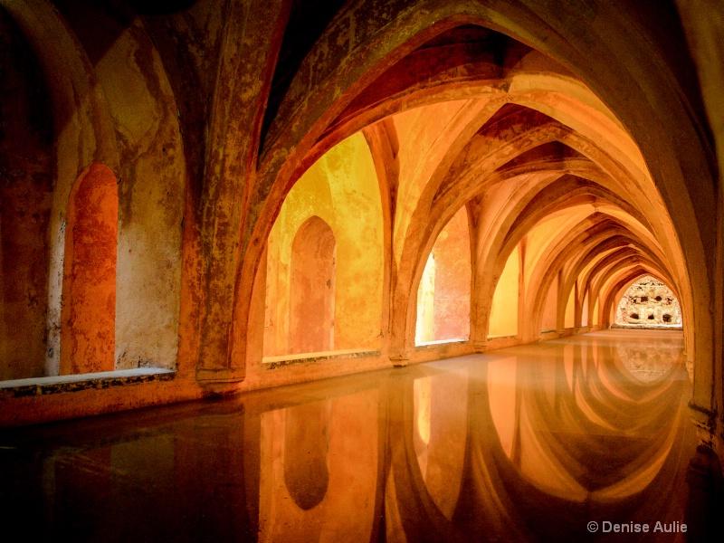 Granada - ID: 14816923 © Denise Aulie