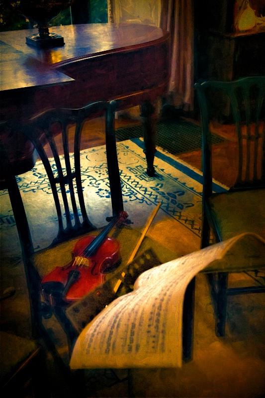Music Rest - ID: 14833317 © John Rivera
