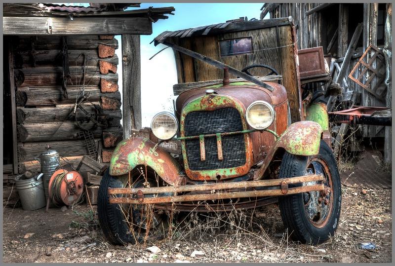 Vintage Truck - ID: 14834877 © Kelly Pape