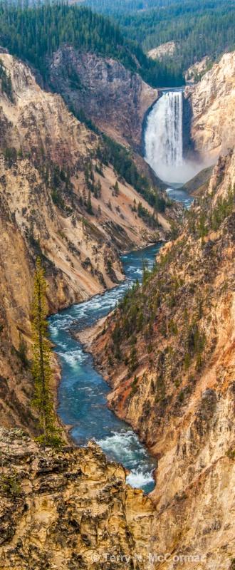Lower  Falls, - ID: 14847668 © TERRY N. MCCORMAC