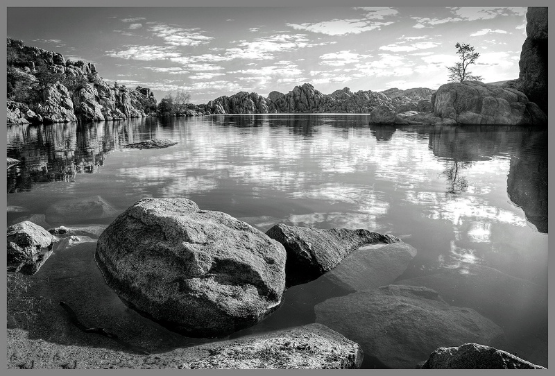 Watson Lake at Sunrise - ID: 14848890 © Kelly Pape