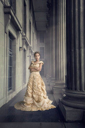 The princess with the columns