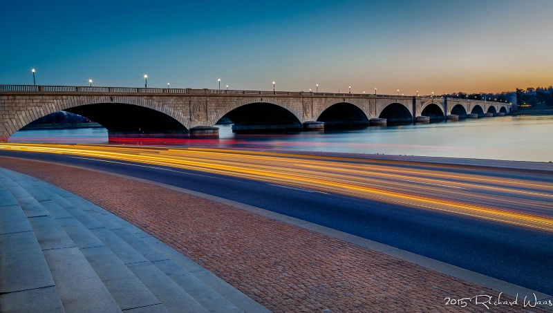 Streaking at the Arlington Bridge - ID: 14877682 © Richard M. Waas