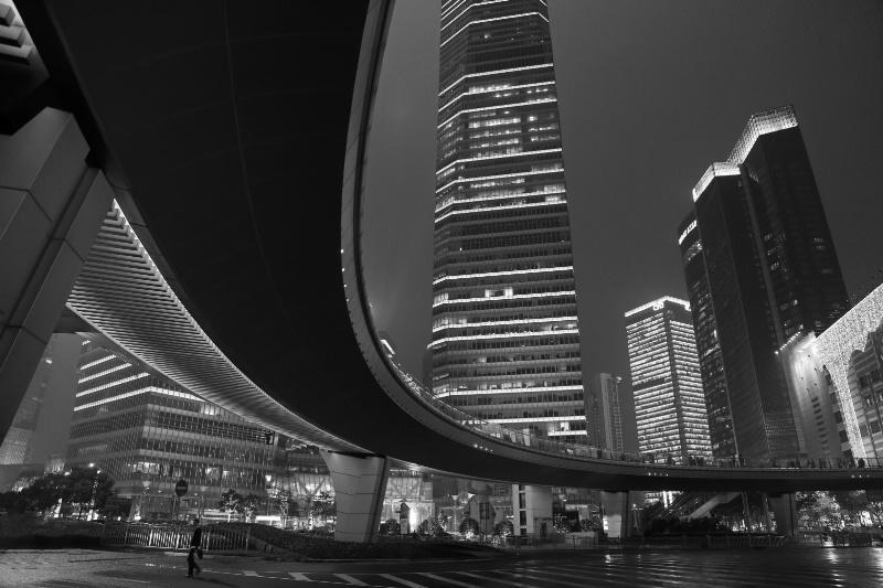 Bridging  - ID: 14895903 © Ilir Dugolli