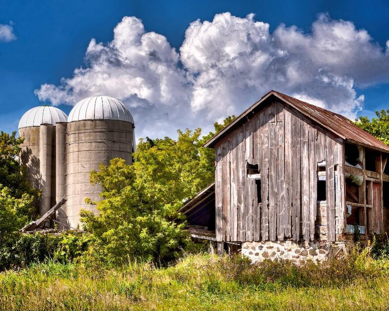 Old Barn - ID: 14912018 © John R. Grede