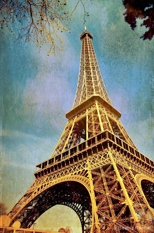 Encore...Eiffel