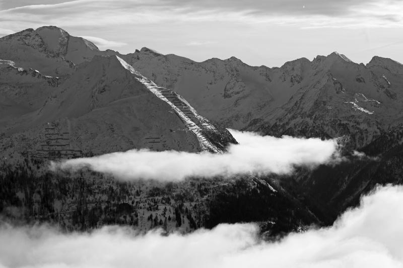 Clouds - ID: 14915244 © Ilir Dugolli