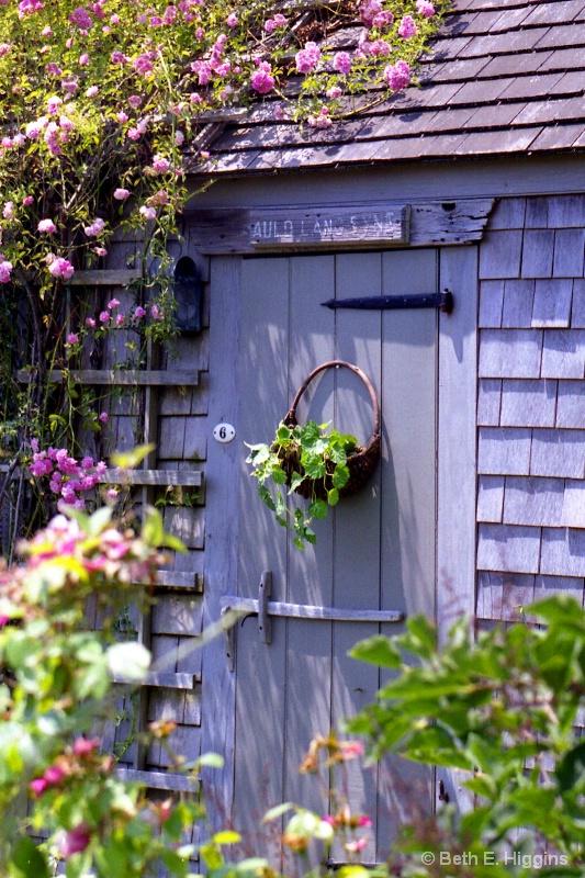 Nantucket Door - ID: 14937399 © Beth E. Higgins