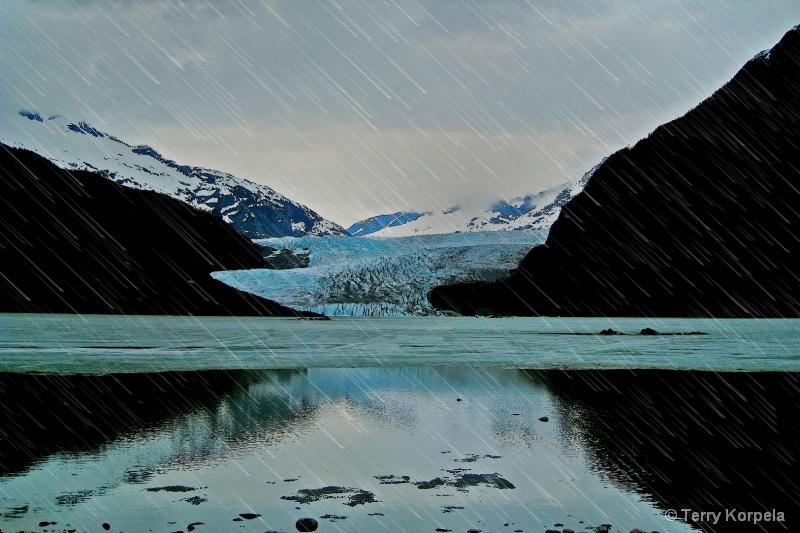 Mendenhall Glacier Juneau Alaska - ID: 14946312 © Terry Korpela